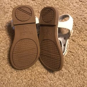 Children's Place Shoes - Toddler Size 4 never worn
